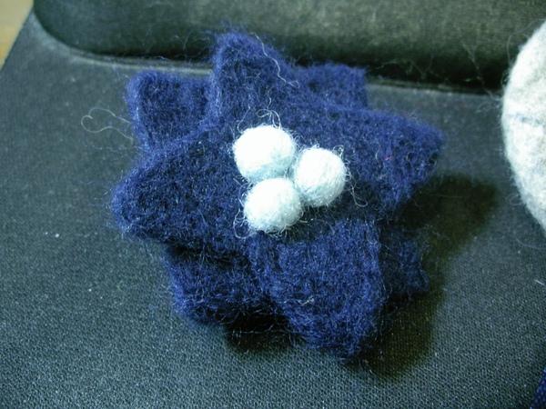 胸花-寶藍