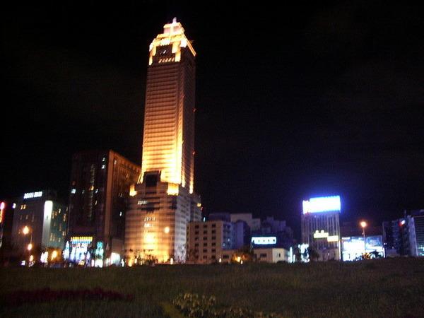 台北車站~新光三越大樓.JPG