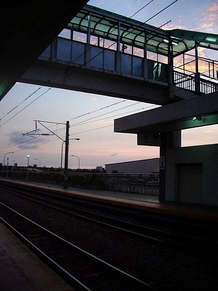 回家的大慶車站...很美的晚