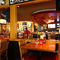 Applebee's 美式餐廳內裝
