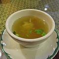 泰式料理-開胃雞湯? (一樣很鹹!)