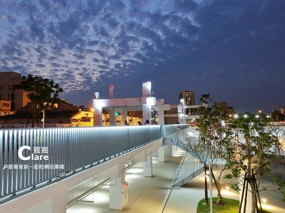 河樂廣場(原中國城舊址)-城市潟湖親水公園12.jpg