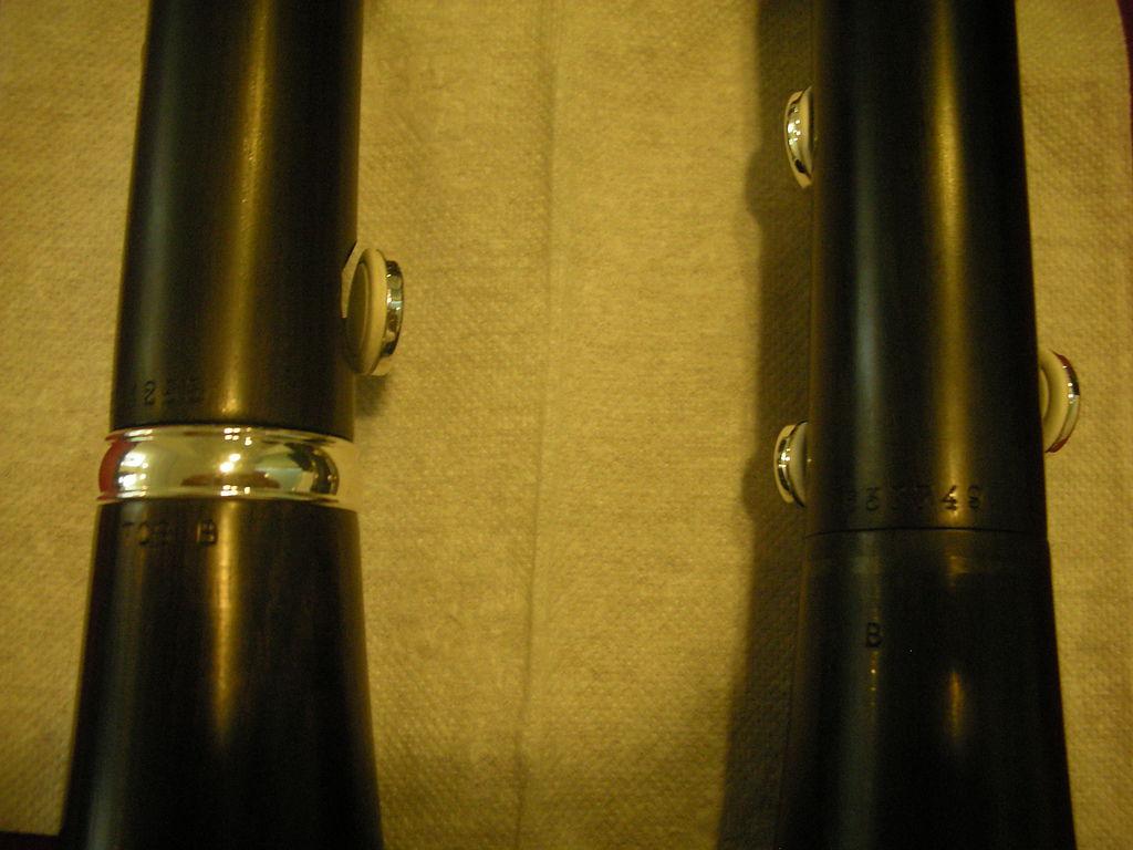 Tosca(左)Divine(右)下管與喇叭口接合處