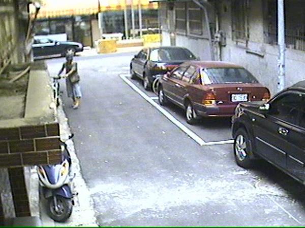 偷車 (2).jpg