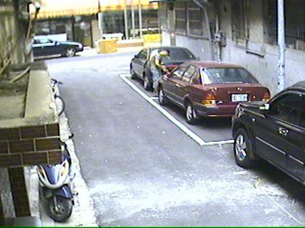 偷車 (7).jpg