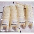 母乳含袋總重約:970G