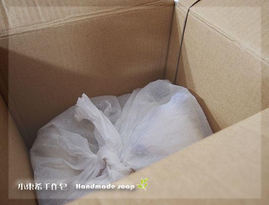 母乳裝箱包裝.jpg