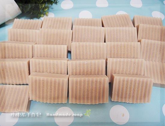 椰子家事皂(無精油無味)2400g  (半母乳)