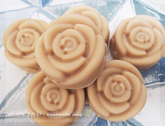 新增榛果嫩白洗面皂.薏仁600g