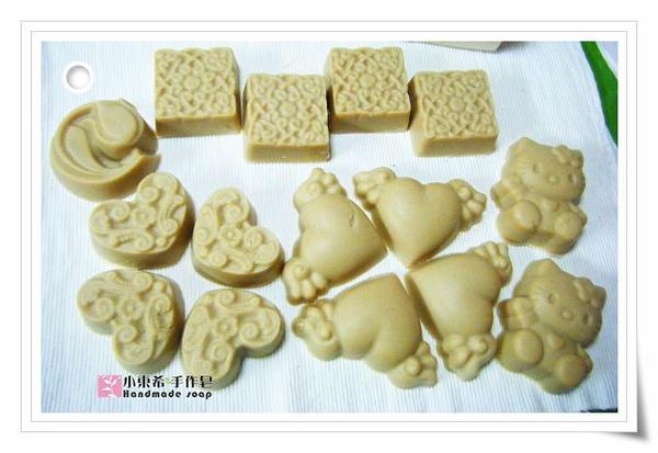 第二批母乳皂玫瑰杏桃嫩白皂1200g