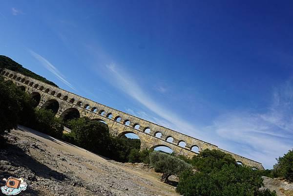 義法13日(Pont du Gard)