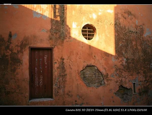 第二章 _ 03 羅馬街頭斑駁歷史