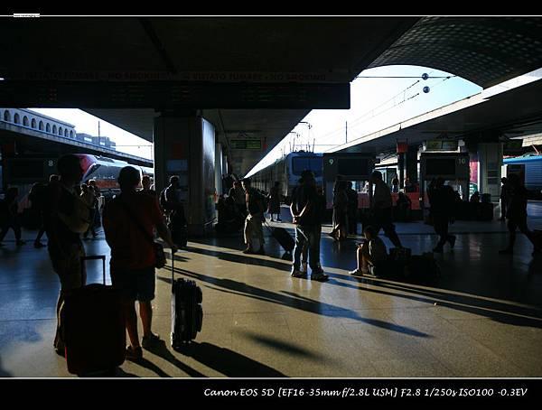 第三章_01再見特米尼火車站