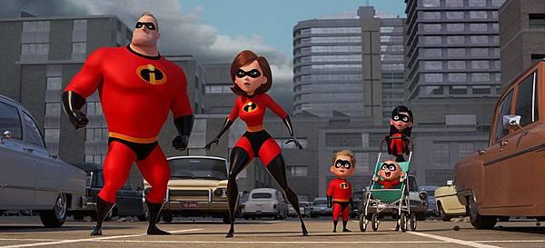 Incredibles 2_00_01.jpg