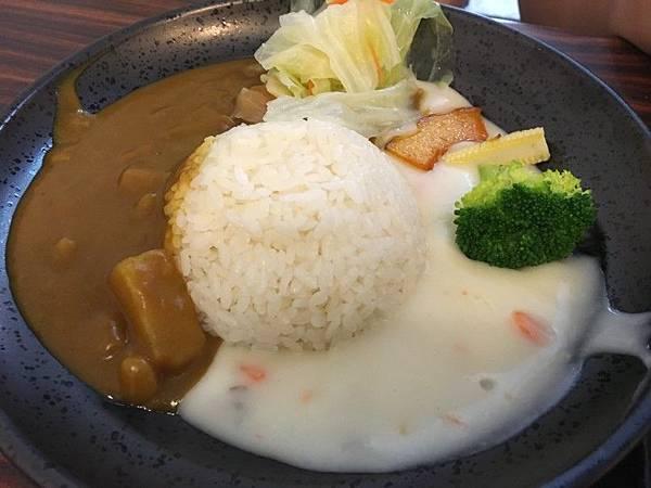 雙醬咖哩01.JPG