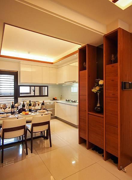 楓丹白露3房餐廚