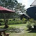 簡單的庭院,雖不華麗但也整理得小巧可愛