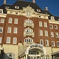 丹哈格飯店(園區內的五家飯店之一)