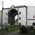 Capuanoa門(背面)