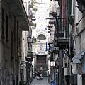 小巷底的教堂