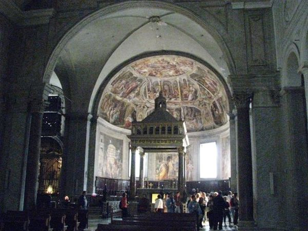 聖彼得鐵鍊教堂