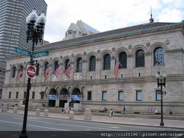 波士頓圖書館(文藝復興風格)