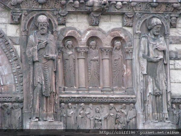 三一教堂(羅馬樣式風格)