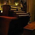 貞潔聖母教堂--管風琴