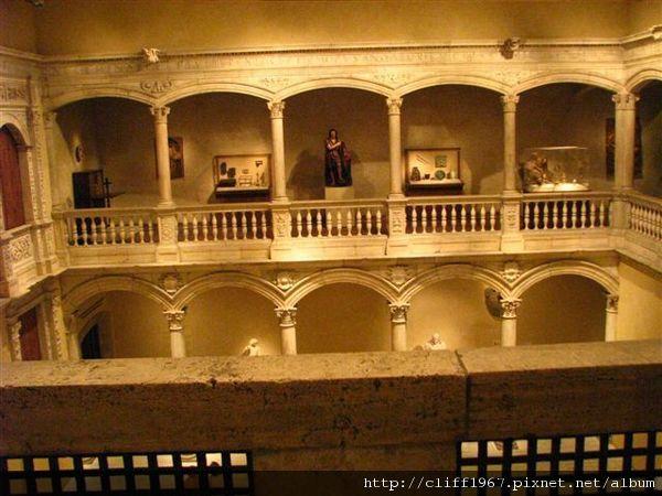 16世紀早期的西班牙文藝復興迴廊Patio from Velez Blanco