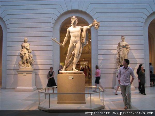 法國雕刻大師卡諾瓦--Perseus with the Head of Medusa