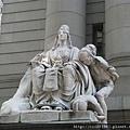 海關大樓門口雕像(美洲)