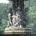 中央公園畢士達噴泉