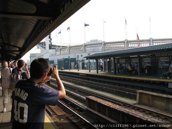 洋基球場地鐵站