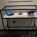聯合國維安人員的頭盔跟呢扁帽