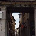 主廣場旁的小巷弄