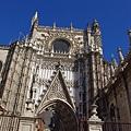 大主教教堂側門入口