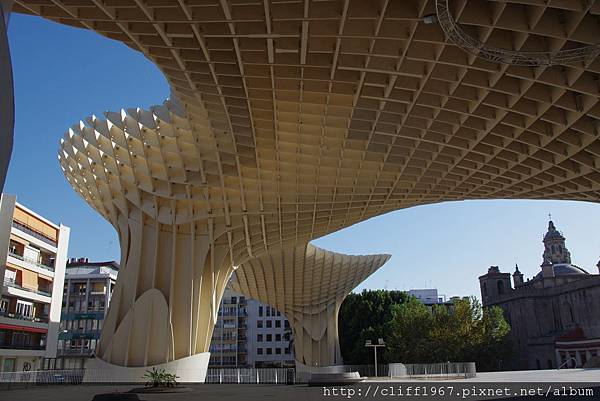 Metropol Parasol--德國建築師 Jürgen Mayer Hermann的驚世傑作