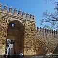 Almodóvar之門與古城牆