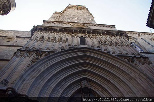 巴塞隆納大主教教堂