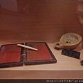 巴塞隆納市立歷史博物館館藏--古羅馬油燈及胭脂口紅