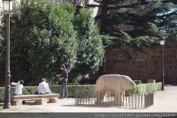 西元前三世紀的塞爾特人石雕(豬或是牛)
