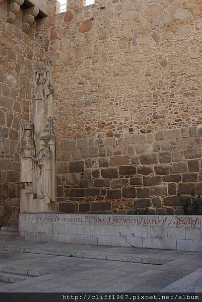 聖女泰瑞莎紀念碑