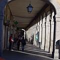 泰瑞莎廣場旁的拱廊