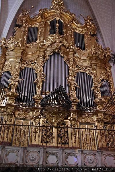 大主教教堂管風琴