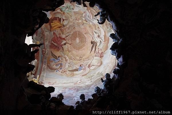穹頂濕壁畫