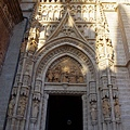 大主教教堂入口
