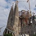 仍在建構中的聖家堂