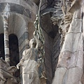 聖家堂--誕生之門(高第作品)