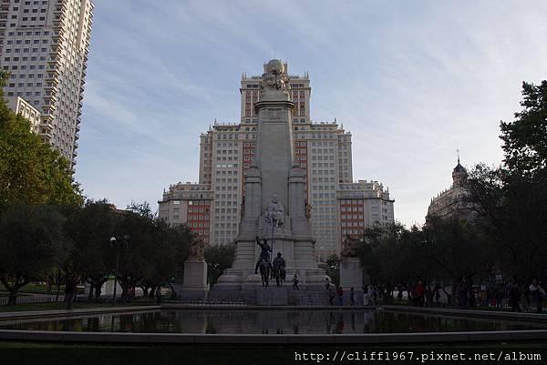 馬德里西班牙廣場