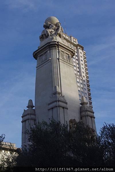 馬德里西班牙廣場--賽萬提斯紀念碑